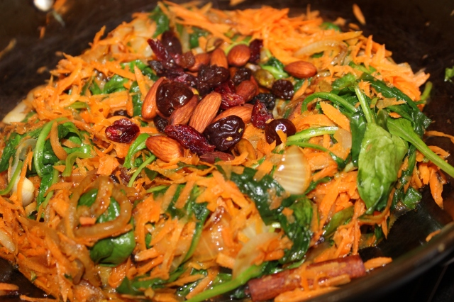 Mix together carrots, spinach and dried fruits/nuts